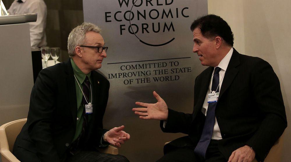 Som verdens 60. rikeste mann var Michael Dell (t.h) selvskreven som deltaker på Verdens økonomiske forum i januar i år. Det er ikke oppgitt hvem samtalepartneren er.