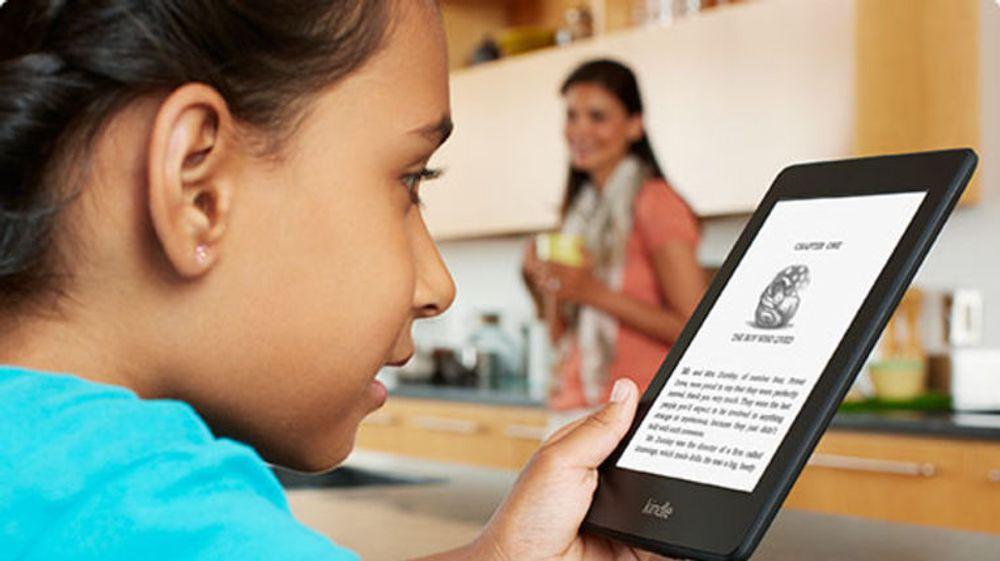 Amazon jobber for at amerikanske skoler skal velge Kindle istedet for papirbaserte skolebøker. Onsdag lanserte de en løsning for enkel administrasjon av store grupper Kindle-enheter, spesielt tilpasset skoler.