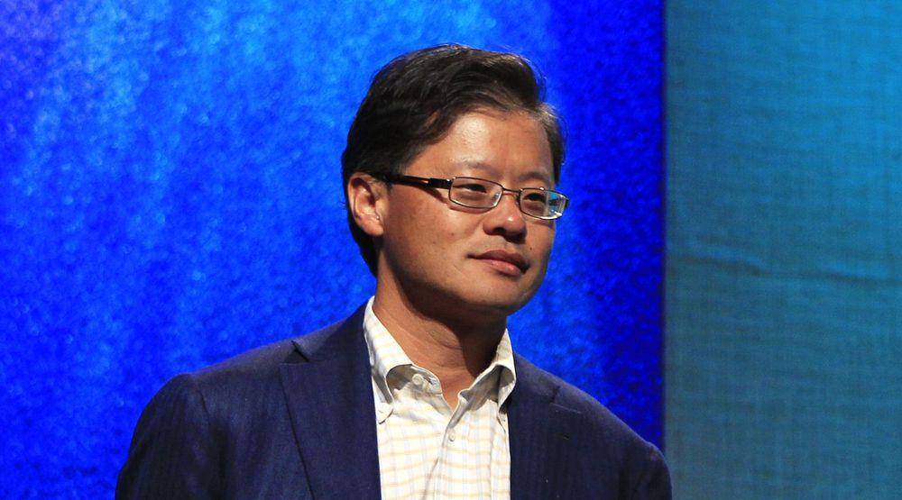 Respekten for Jerry Yang ble kraftig redusert etter hvert som det ble klart hvilket feiltrinn det var å avslå Microsofts bud på Yahoo i 2008. Budet kunne gitt aksjonærene 47,5 milliarder dollar. Det er tre ganger mer enn Yahoos markedsverdi i dag.