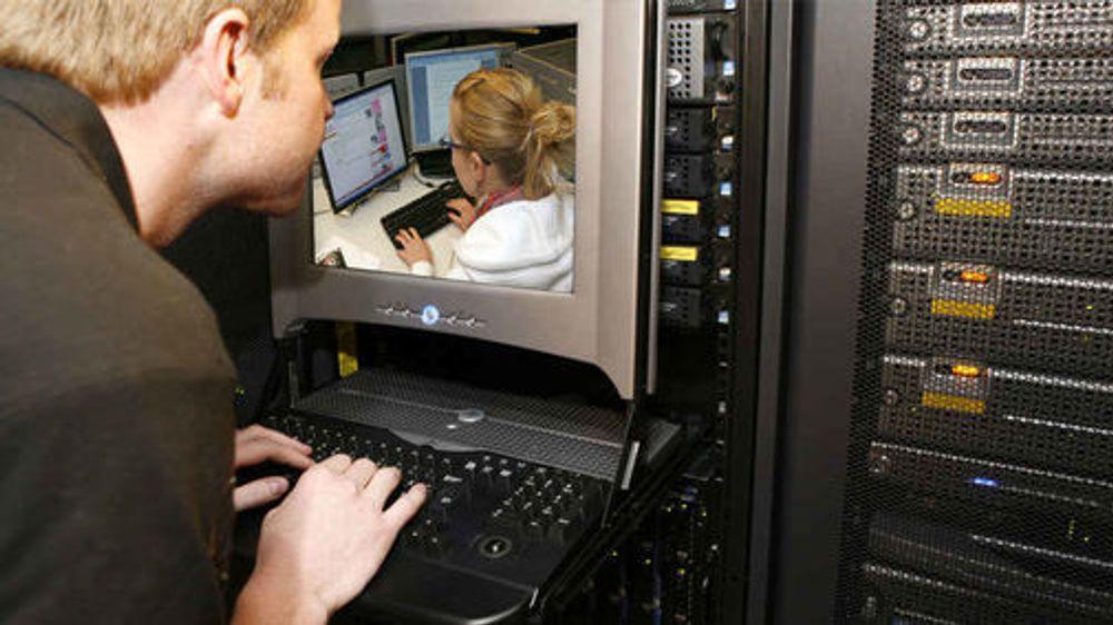 Slakter regjeringens IT-sikkerhet