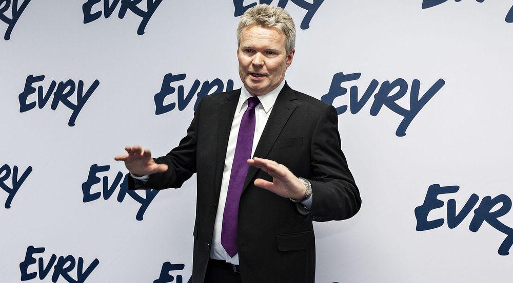 Konsernsjef Terje Mjøs i Evry, tidligere EDB Ergogroup, presenterte mandag morgen tall for første kvartal. Han er forsiktig optimist med tanke på veksten i 2012.