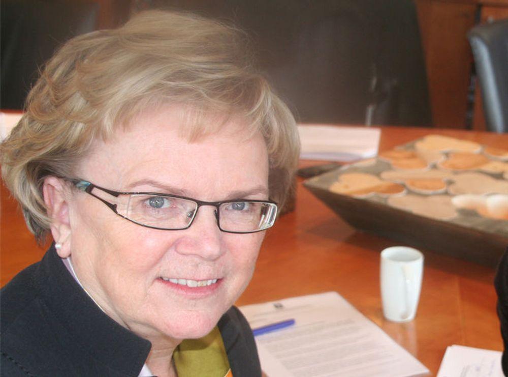 Siden Telenor er så lei seg, føler samferdselsminister Magnhild Meltveit Kleppa seg trygg på at alt snart blir bra igjen.