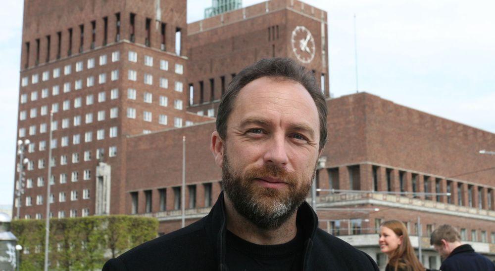 Wikipedia-gründer Jimmy Wales ville revolusjonere søkemotoren, men gir nå opp forsøket. (Foto: Marius Jørgenrud)