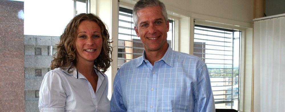 Samarbeider om fri programvare: SpringSource ved sjef for forretningsutvikling Mitch Ferguson og Margrethe Gleditsch i Redpill Linpro.