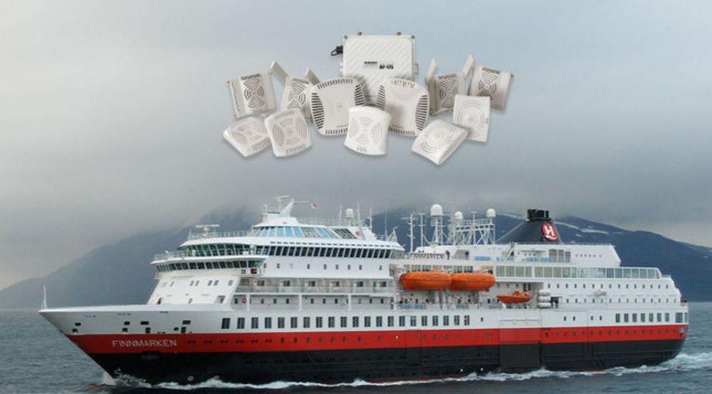 Aksesspunkter fra Aruba skal gi internettilgang til passasjerer og ansatte på Hurtigrutens 13 skip.