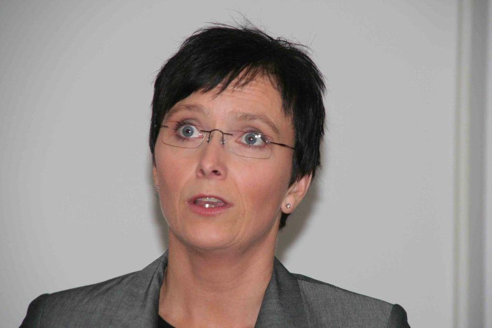 Heidi Grande Røys, 100x100