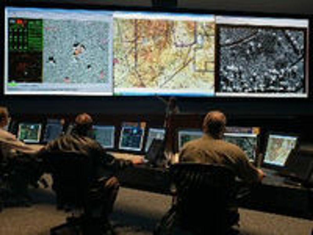 Bildet er fra en amerikansk øvelse i kyberkrig våren 2008.