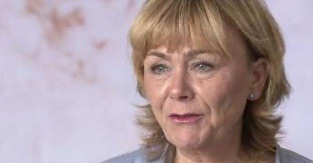Sveriges justisminister Beatrice Ask er nærmest tvunget til å få innført EUs datalagringsdirektiv raskt.