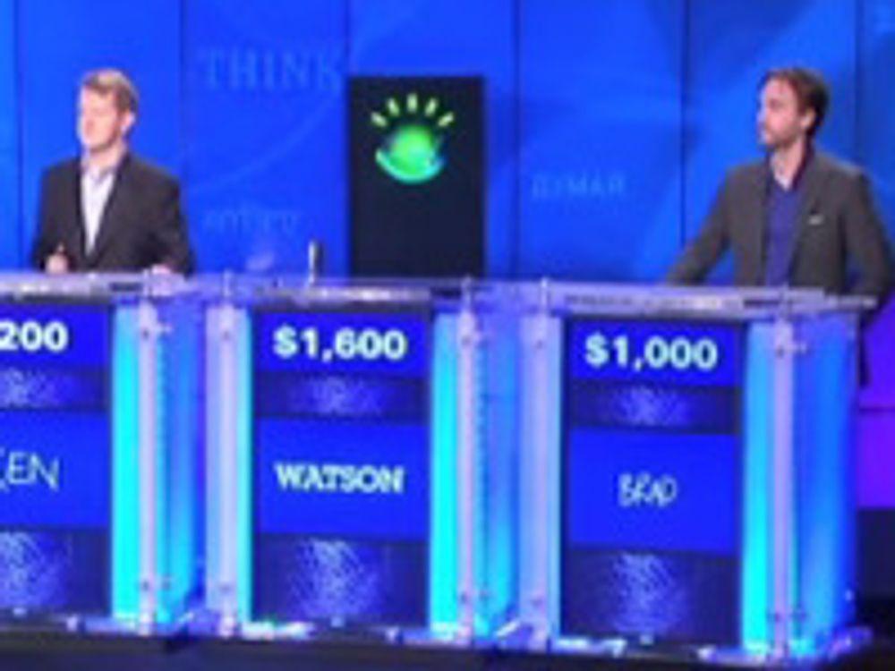 Ubevegelige Watson står alltid plassert mellom konkurrentene.