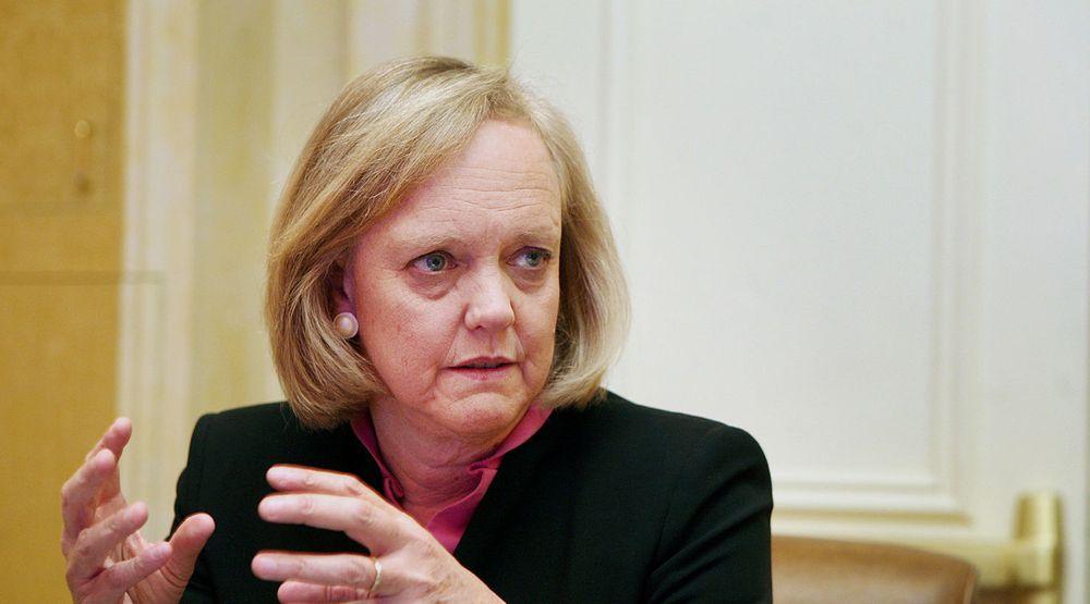 HPs toppsjef, Meg Whitman, varsler at det kan bli aktuelt å selge enheter som ikke lever opp til forventingene. Dette kan bety at PC- og printerdivisjonen lever farlig.