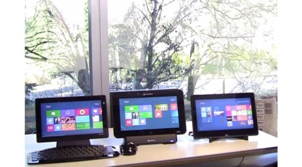 «Windows on ARM» (WOA) kjører kun applikasjoner tilpasset det nye Metro-grensesnittet. WOA-brett vil ikke kunne kjøre de samme Windows-applikasjonen som en pc.