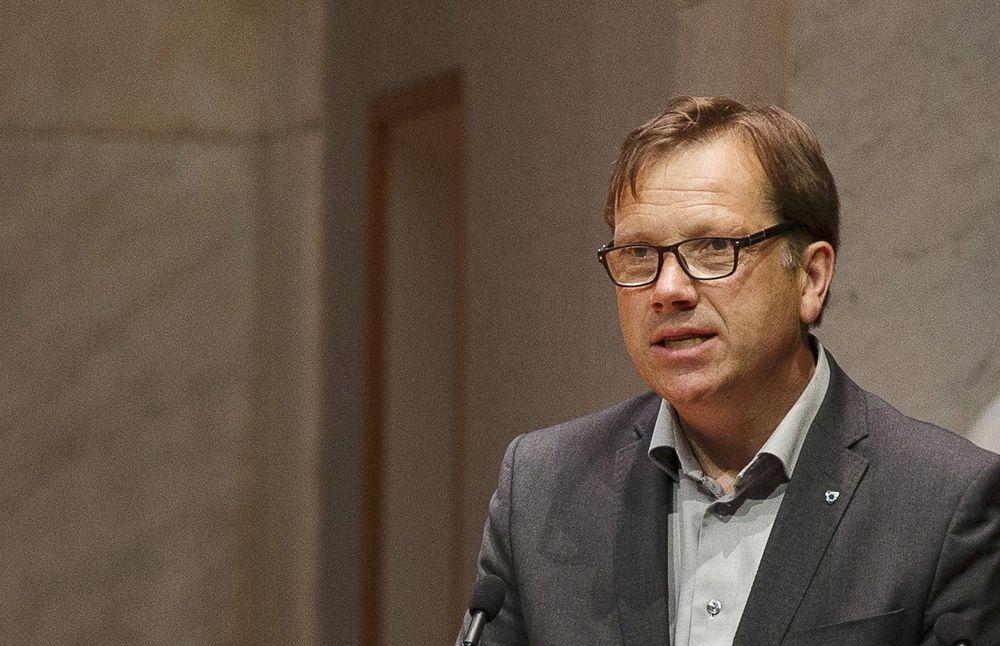 Administrerende direktør Lasse Hansen i KS ble sittende med mye av ansvaret alene for IT-utviklingen i kommunene og fylkeskommunene og syntes tiden ble for knapp til å forberede en grundig sak for hovedstyret.