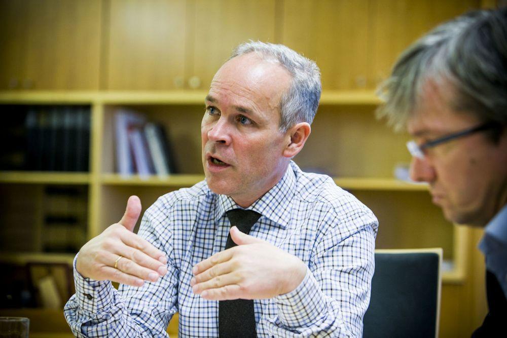 ØKT DIGITAL DELTAKELSE: Kommunal- og moderniseringsminister Jan Tore Sanner (H) sparker i gang regjeringens toårige program for økt digital deltakelse og kompetanse i Drammen onsdag. Arkivfoto.