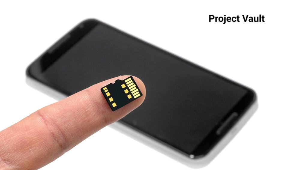Project Vault består av en sikkerhetsdedikert datamaskin som er bygd inn i et microSD-kort