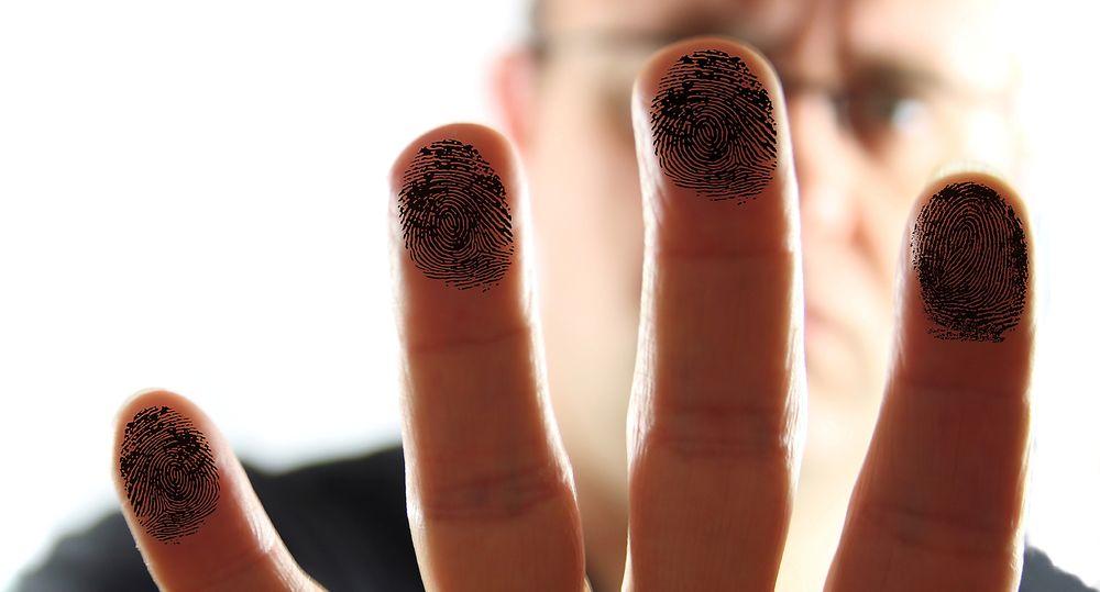 Tre måneder etter siste frist bruker politiet fremdeles fingeravtrykkløsninger som er avhengig av XP-maskiner.