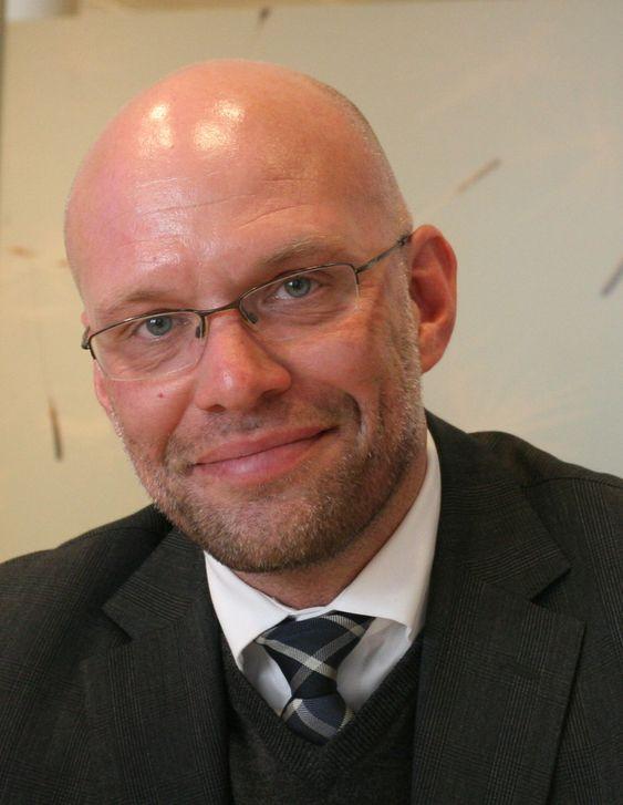 Per Haakon Lomsdalen leder SAP Norge med rundt 80 ansatte. Globalt har selskapet over 74.000 ansatte.