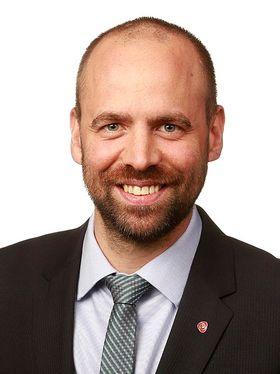 Arild Grande representerer Arbeiderpartiet på Stortinget