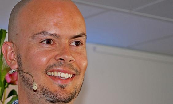 Frekvensdirektør John-Eivind Velure hos Nkom varsler tøff kamp om de høyeste frekvensene om noen år.