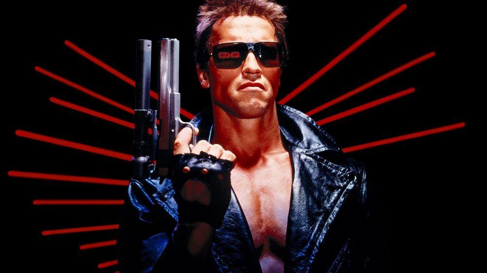 I filmene sendte Skynet en Terminator-kyborg til fortiden. I virkeligheten bruker NSA Skynet til å overvåke terrorister.