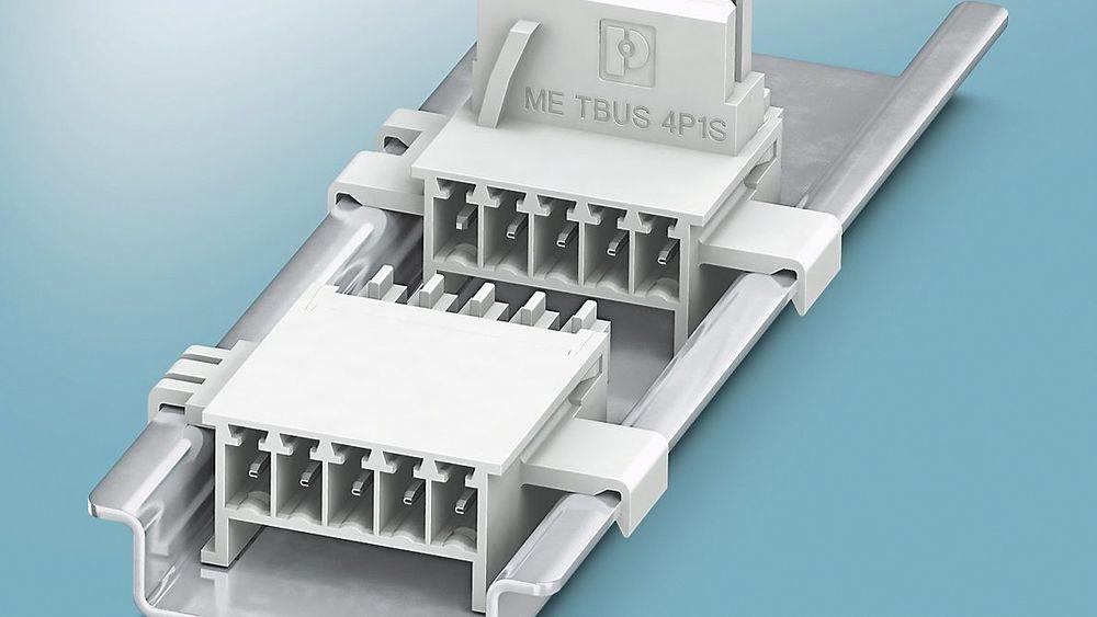 Den nye bussforbinderen ME-TBUS 4P1S åpner for overføring av serielle og parallelle signaler mellom moduler i ME og ME-MAX-hus. Med den passende ME-TBUS ADAPTER kan kretskortflaten fra en byggbredde på 35 mm utnyttes enda mer effektivt.