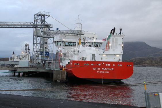 Tre spesialskip er bygget for Marine Harvest. De kan nå 60 prosent av oppdrettsanleggene i Norge.