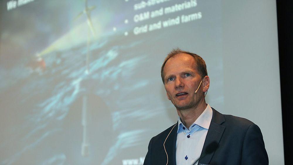 Forskningsleder John Olav Tande hos Sintef Energi inviterer industrien til å gi råd og innspill om hvordan det nye forskningssenteret for havvindkraft bør innrettes. Foto: Atle Abelsen