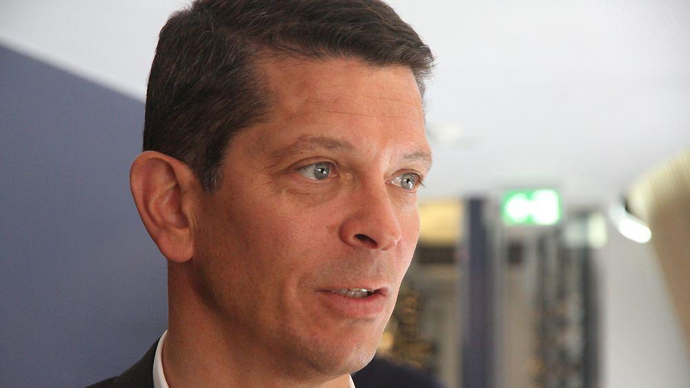 Geir Håøy, administrerende direktør Kongsberg Maritime kan glede seg over en stor kontrakt.