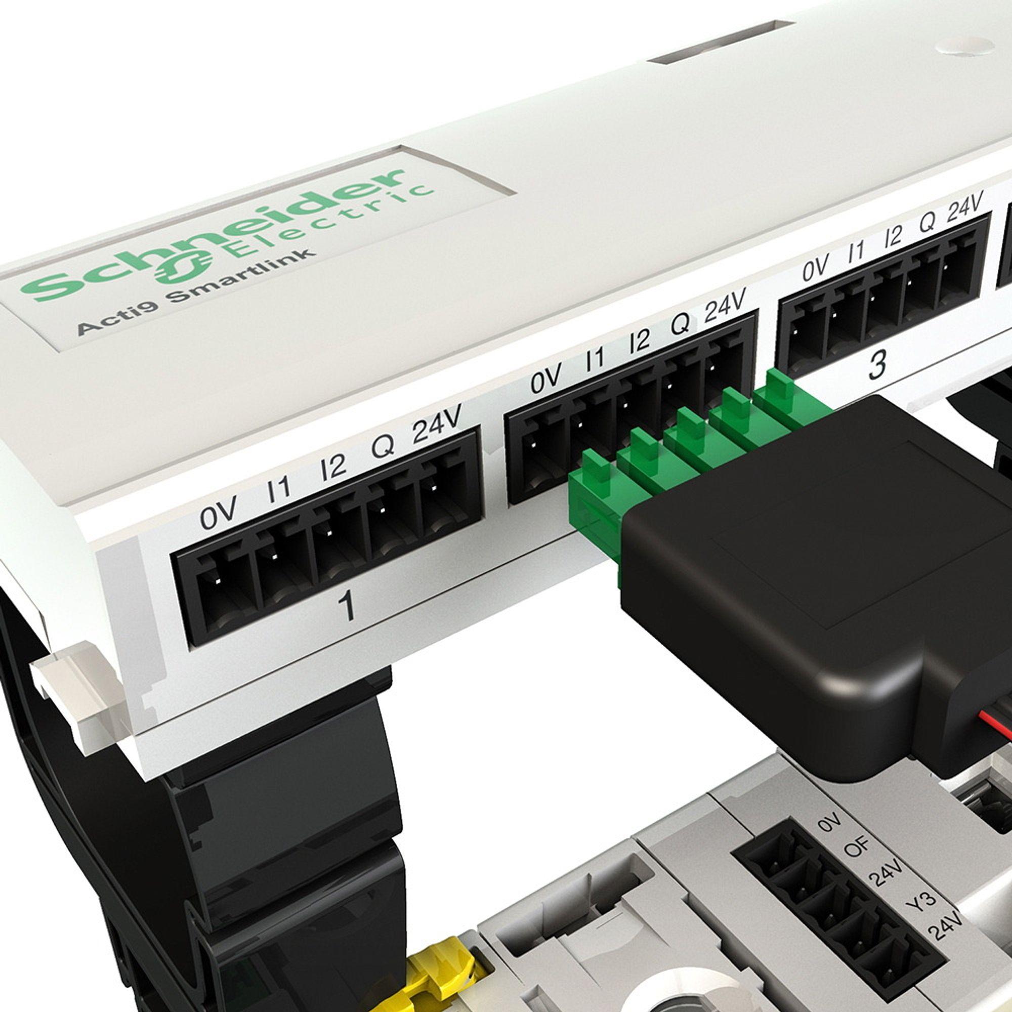 Plug and play: Smartlink kopler automatsikringer, jordfeilbrytere, relèer, kontaktorer og målere i tavler til byggautomatiseringssystemet.