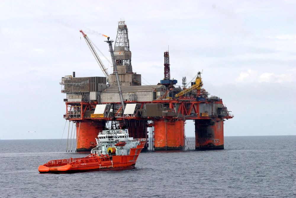 Statoil og Petoro synes ikke å enes om hvordan de skal få ut de 200 millionene fat med olje som ligger i Snorre 2040. Her Snorre A.