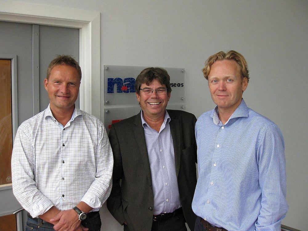 Fornøyd trio etter ekspansjonen: Egil Kjeldsen (F.V., daglig leder i Vimex), Ivar S. Olsen (gründer og forretningsutvikler i Norsk Analyse) og Tor Erik Sannum (daglig leder hos Norsk Analyse).