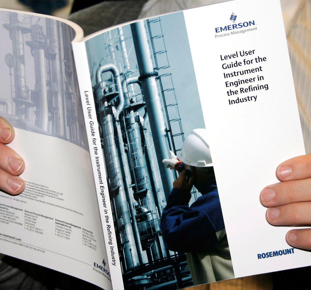 Emerson byr på en ny håndbok for nivåmåling i prosessindustrien (Illustrasjonsbildet viser en annen av selskapets håndbøker).