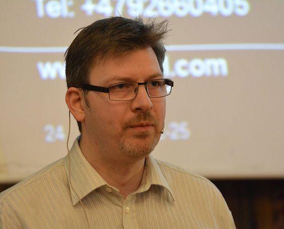 Arne Morten Dahl hos Statoil dro erfaringene fra flerfasemålinger på Tyrihans-feltet, som har vært forfulgt av uønskede hendelser.