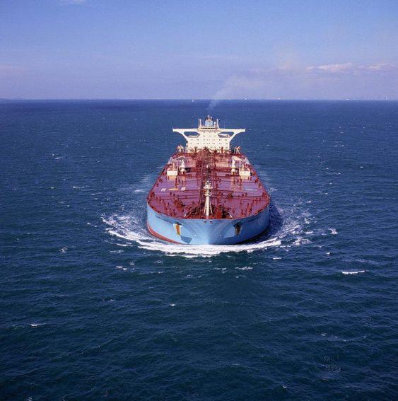 Den vanligste handelsstørrelse for olje er volum angitt i enheter som kubikkmeter og fat.