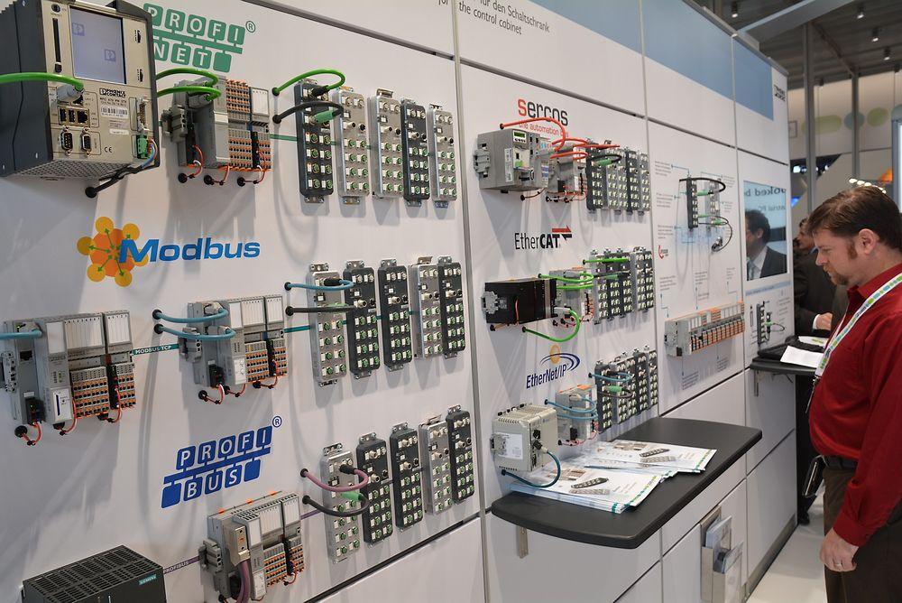 Phoenix Contacts robuste I/O-system Axioline E byr på det meste av industrielt Ethernet.