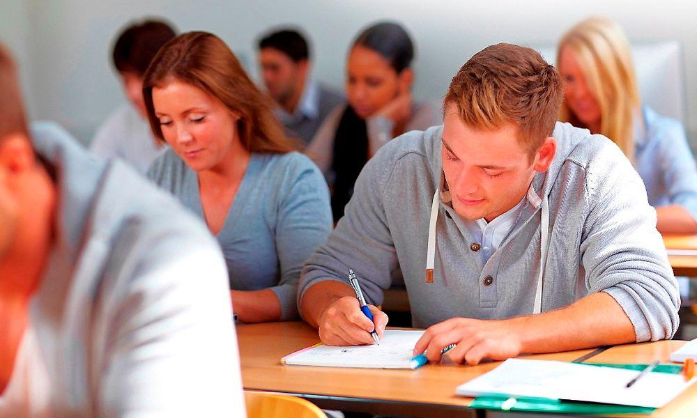 Omronskolen er tettpakket med PLS-kurs våren 2013.