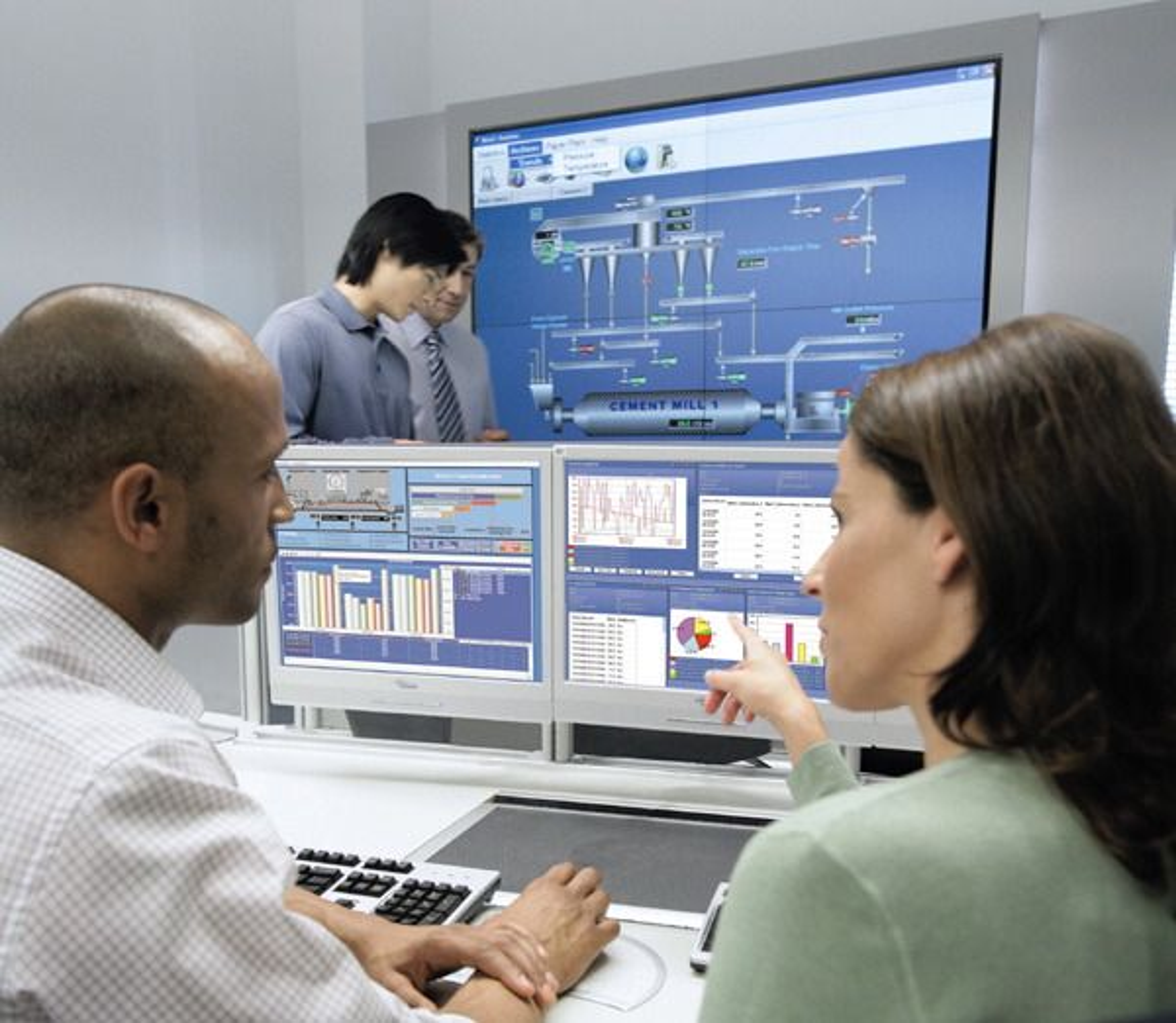 Opplæringsvideoer innen reguleringsteknikk kan være en kjekk sak for å få grepet på blant annet kaskadekopling, foroverkopling og regulatorinstillinger (Ill. Siemens).