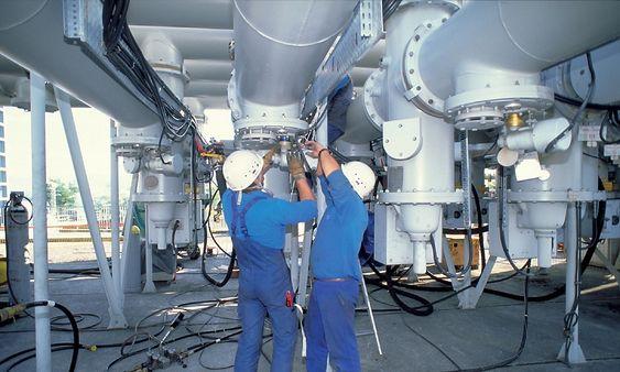 Det er to hovedtyper trykksensorer: keramiske og metallmembran. Valget avgjøres av flere faktorer, sjekk avsnittet «Sensortyper».