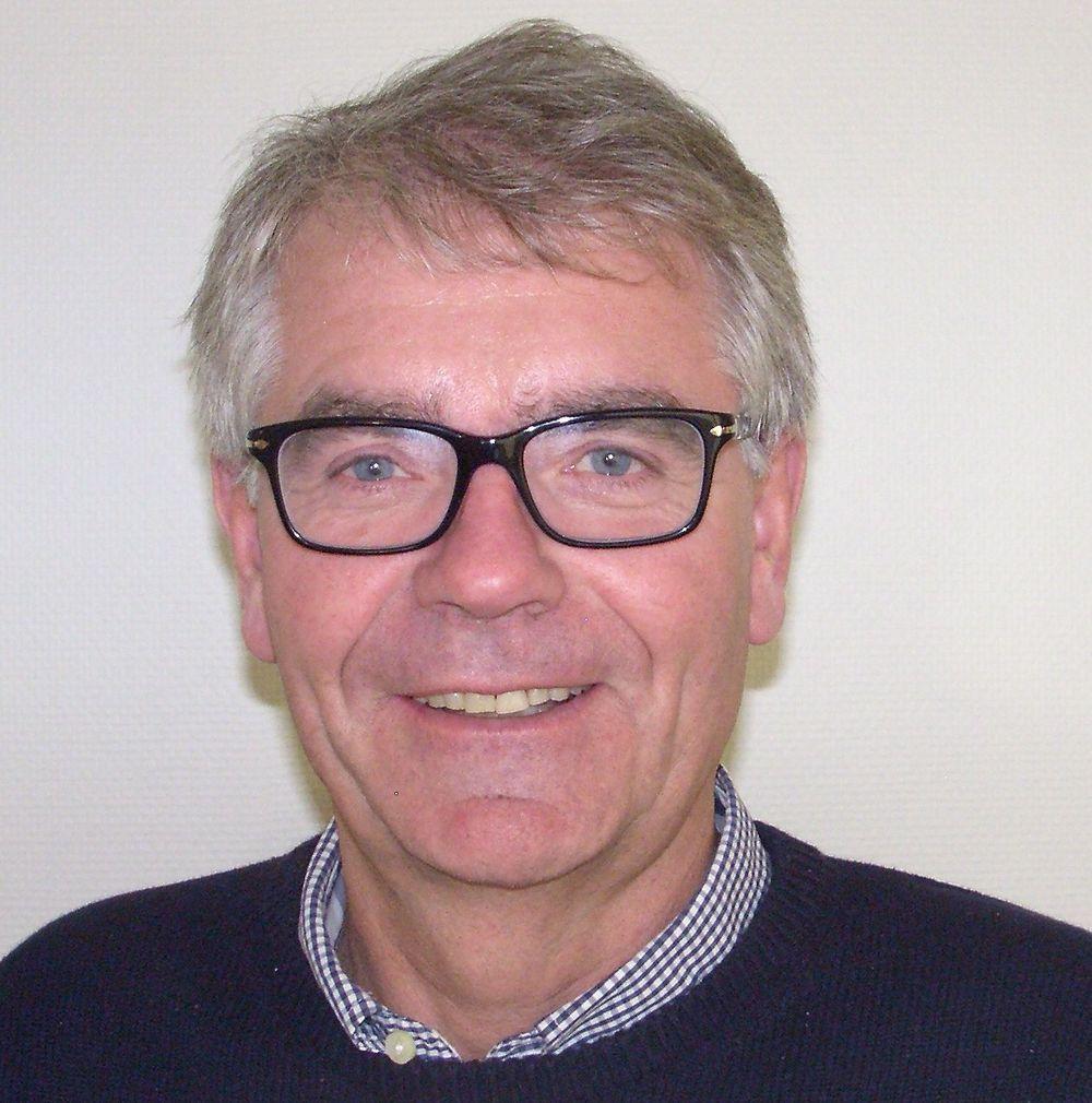 Tom Levorstad er salgsingeniør hos Hydac.