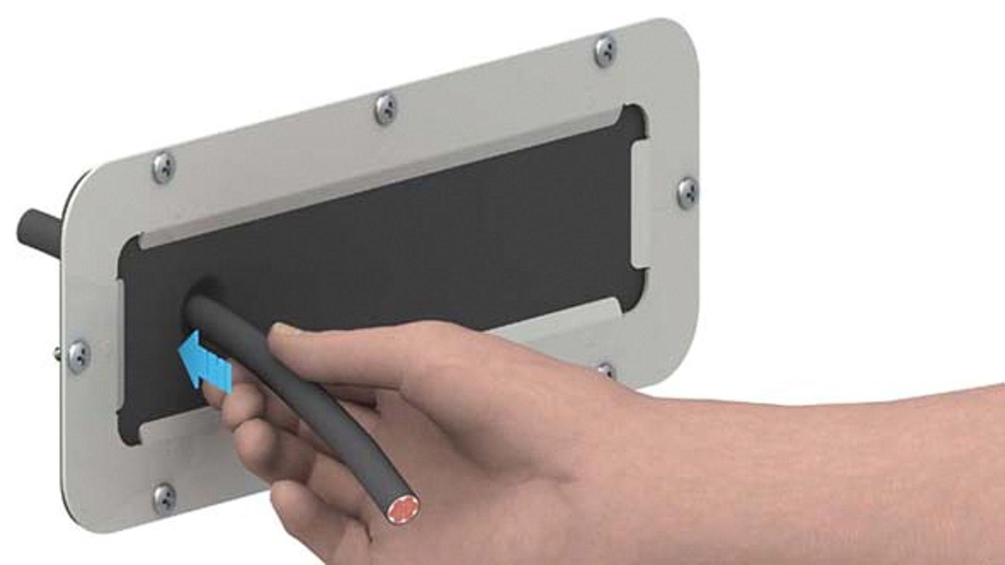Kabelinnføring med IP55 hvor det ikke er nødvendig å tegne, merke eller bore, eller bruke bestemte verktøy.