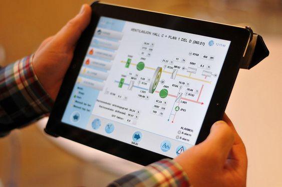 Ipaden har en applikasjon for sikker oppkopling via trådløst nettverk eller mobilt bredbånd.
