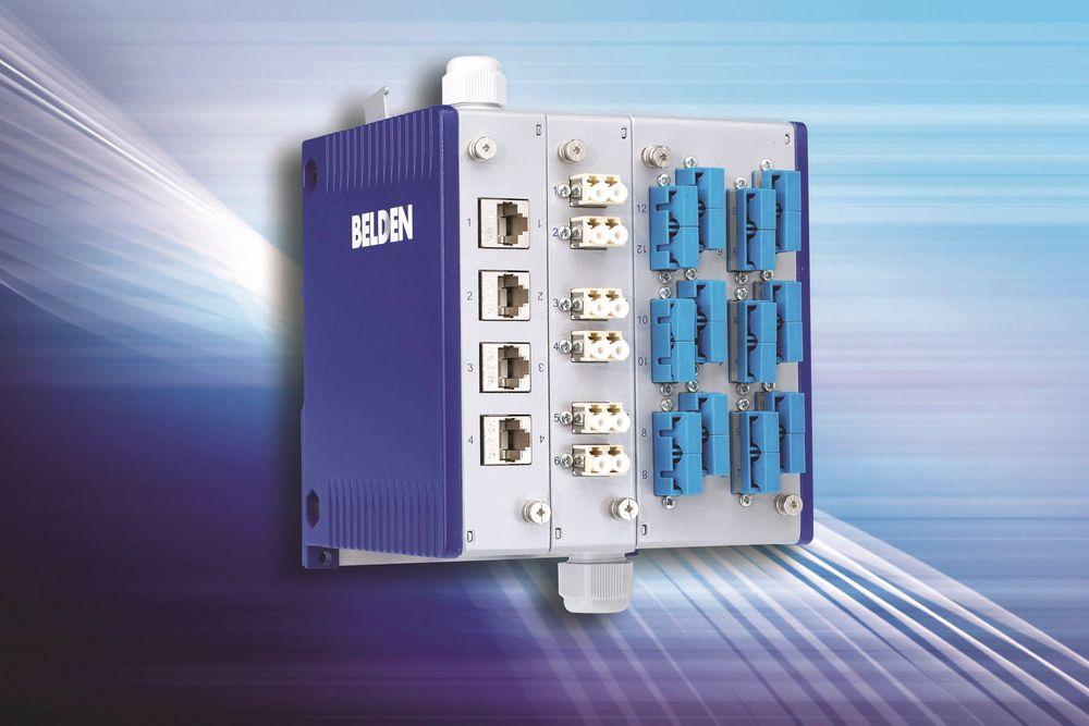 Modulært patche-panel for fiber og kobber, til switcher eller I/O-moduler på industrielt Ethernet.