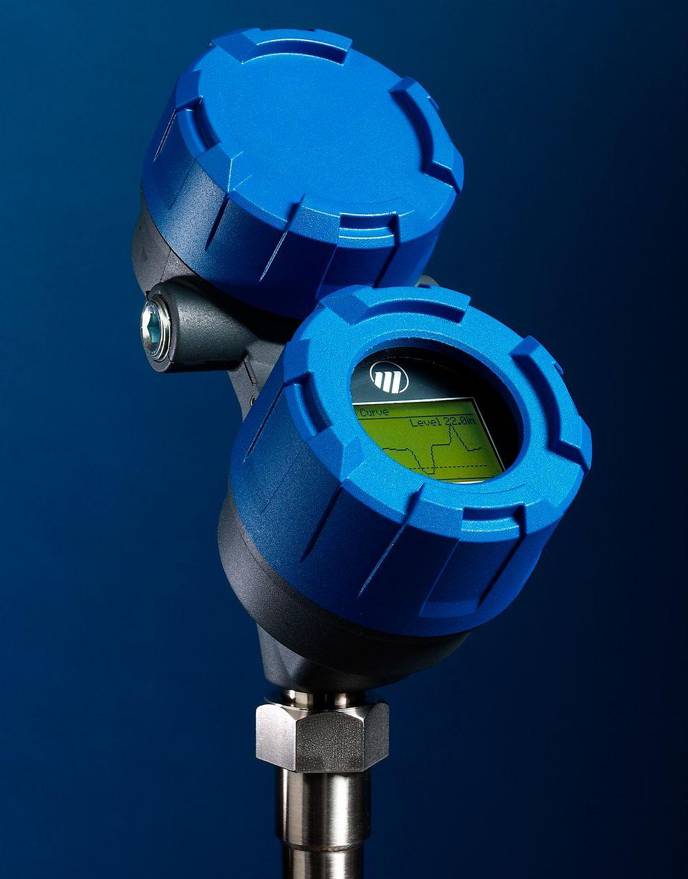 Ledet radarmåler som skal ha ekstra kraftige pulser og klare de vanskeligste nivå- og grensesnittmålingene.