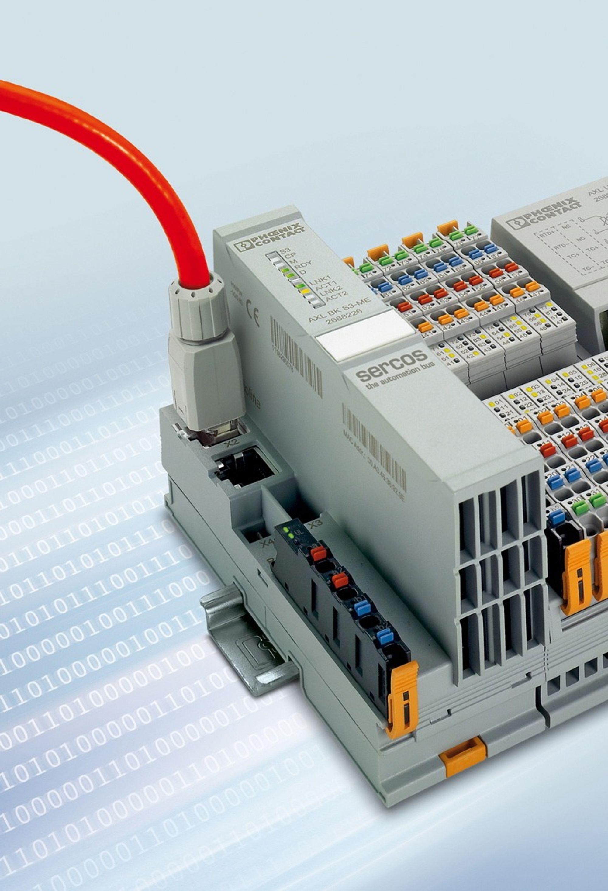 Sercos-busskopler som skyfler data kjapt og synkront for drives og andre I/O-moduler.