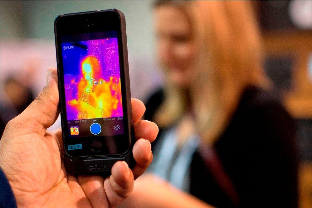 Infrarødt kamera som monteres på Iphone 5 eller 5s.