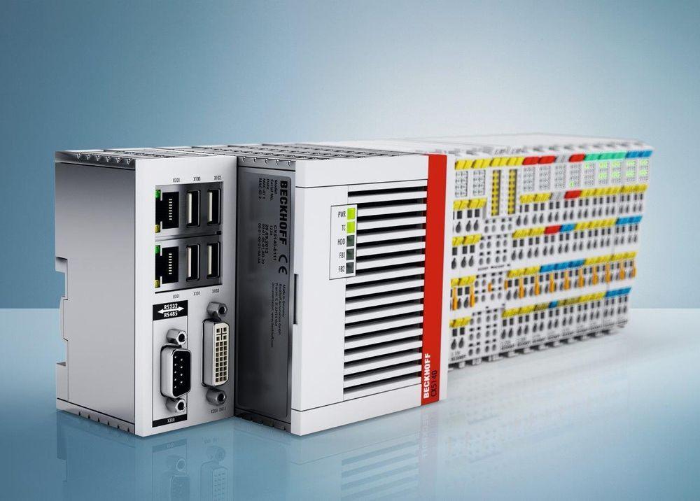 PC-baserte og vifteløse kontrollere som kverner unna programmer i både kalde og varme omgivelser.