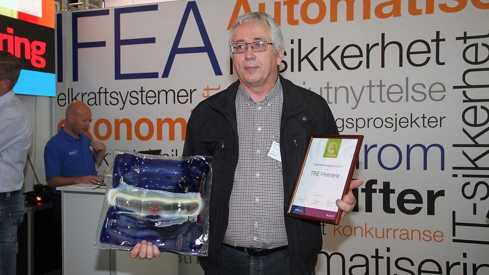 Torbjørn Kvia, senior innkjøper i Tine mottok  Automatiseringsprisen 2014 å Eliaden.