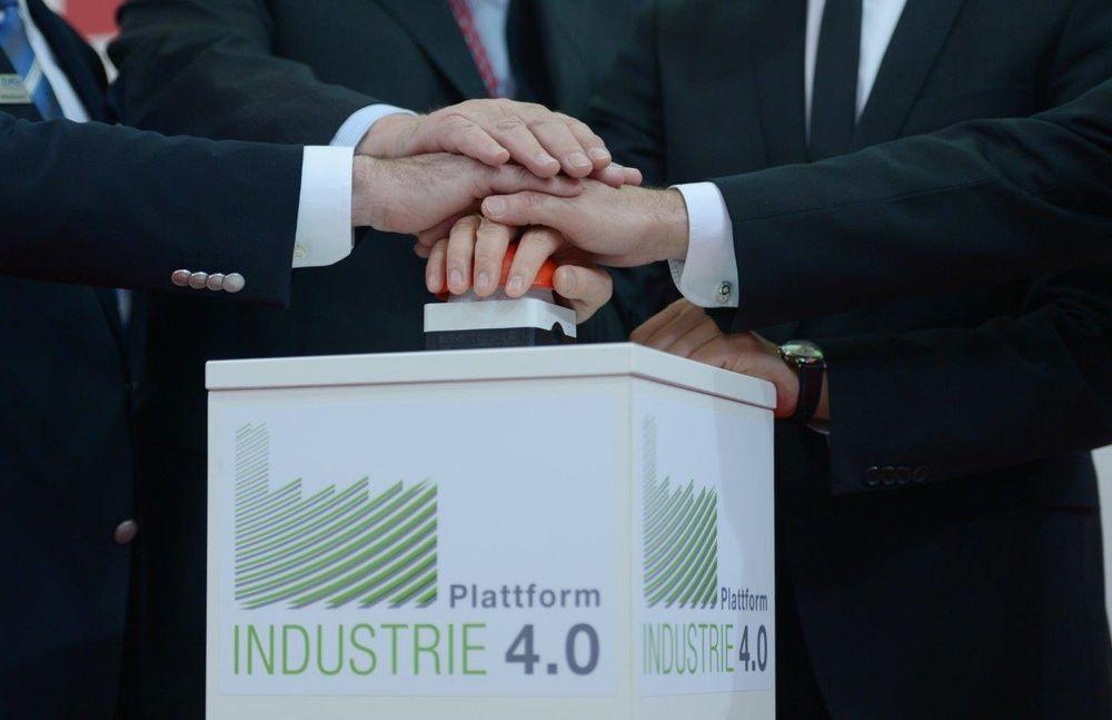 Tyskerne snakker mye om den 4. industrielle revolusjon, hvor alt er integrert, også selve produktet (integrert elektronikk), underleverandører og kunder (ill. Hannover Messe).
