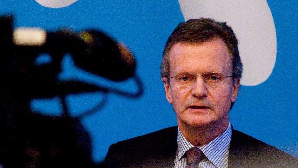 Tidligere konsernsjef Jon Fredrik Baksaas i Telenor ønsker ikke å kommentere rapporten fra 2004 overfor NRK.