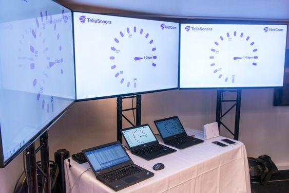 Det var PC-er som sto for ytelsestestene. NetCom brukte i hovedsak egen programvare, men viste også frem målinger på over 800 Mbps fra tjenesten Speedtest.net.