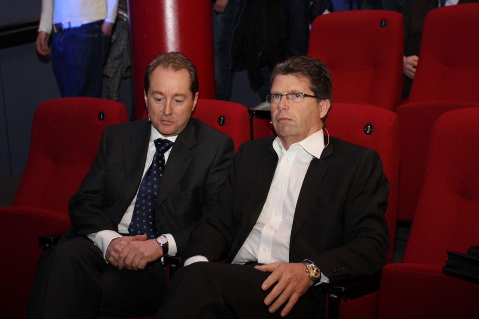 TAPER: Både Kjell Inge Røkke og Leif Arne Langøy har utfordringer i Aker ASA. Verdien av selskapet faller og underskuddet vokser med rekordfart. Langøy går nå ut av selskapet.